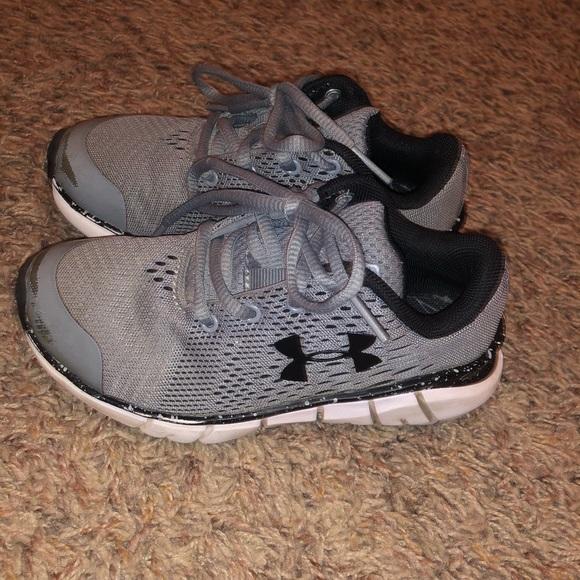 Little Boys Under Armour Shoes Size